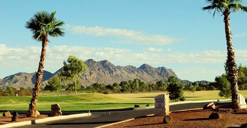 Save 59% on a Round for 2 People at Black Mountain Golf Club! Two Drinks Included!